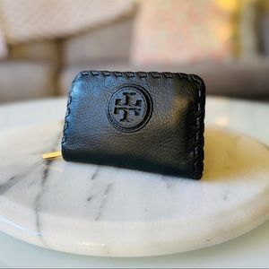 GUC Authentic Tory Burch Coin/Card Small Wallet